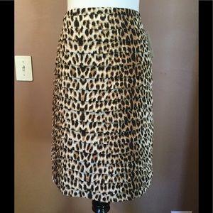 Worthington ! Animal print Skirt !